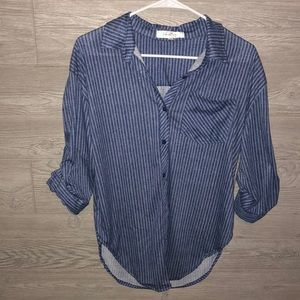 Tops - Eden and Olivia shirt size small